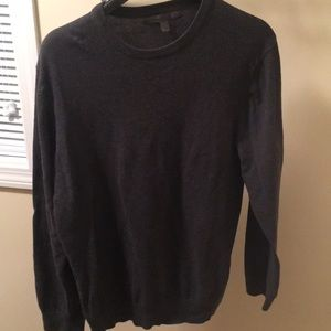 Old navy men's sweater